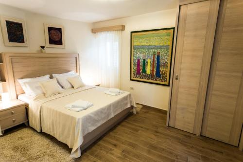 . Apartmani Art Karampana