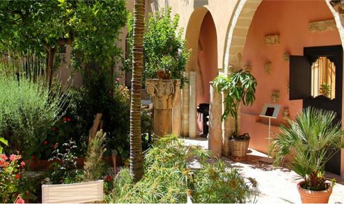 . Antica Corte delle Ninfee, Historical Private Villa