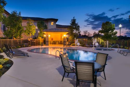 . TownePlace Suites Thousand Oaks Ventura County