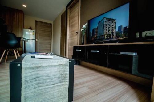 Ten Ekamai Suites by Aspira photo 13