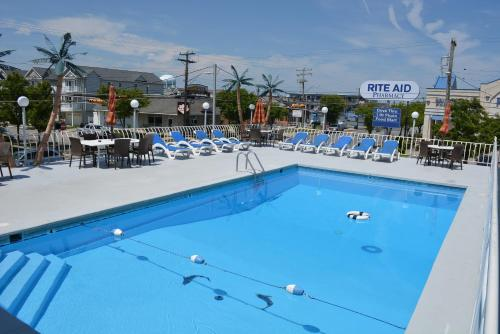 Royal Court Motel - Wildwood, NJ 08260