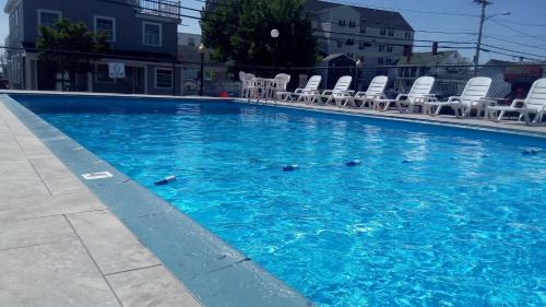 Americas Best Value Inn Mt. Royal - Old Orchard Beach, ME 04064