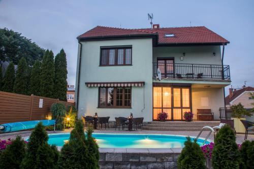 . Villa Grande - Apartmány