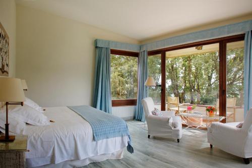 Habitación Doble con balcón  Hotel Nabia 6