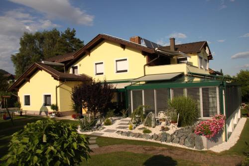 Ferienwohnungen Martha - Apartment - Obersammelsdorf