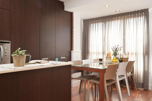 Enjoybcn Fira Apartment photo 6