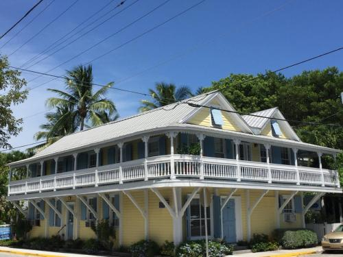 Angelina Guesthouse Adults Only, No Resort Fees