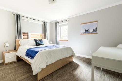 Фото отеля Urban Caribou Bed & Breakfast