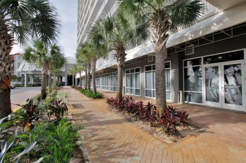 Laketown Wharf Resort By Panhandle Getaways