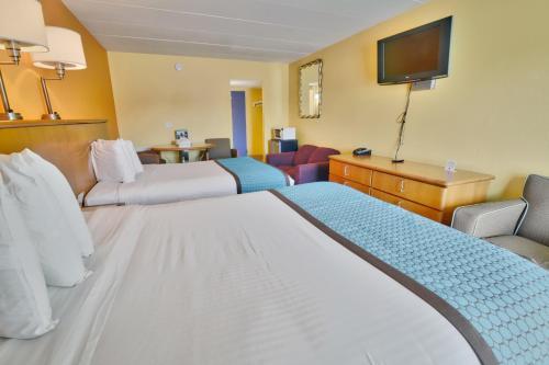 Seashire Inn & Suites Main image 2