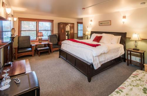 . The Heron Inn and Day Spa