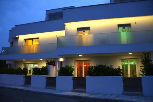 . Iria Residence