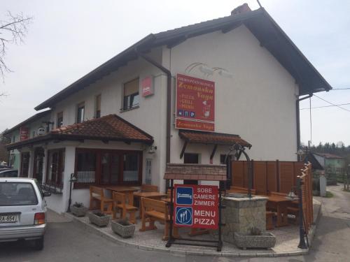 . Guest house Okrepčevalnica Zemonska vaga