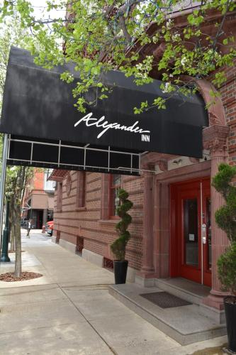 Hotel Alexander Inn