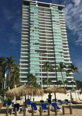 HotelDepartamentos de lujo con playa