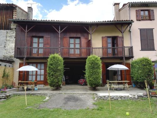Accommodation in Fougax-et-Barrineuf