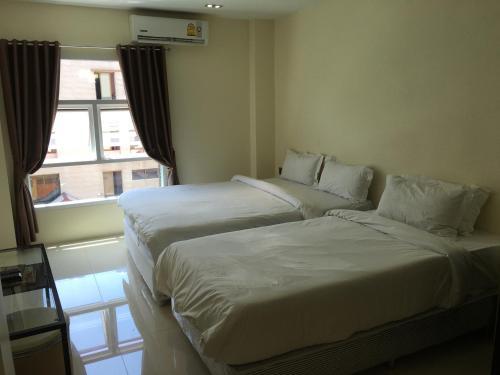 Au Bon Hostel photo 24