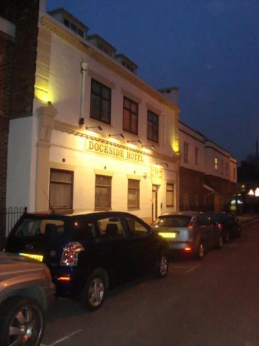 Dockside Hotel - Photo 2 of 24