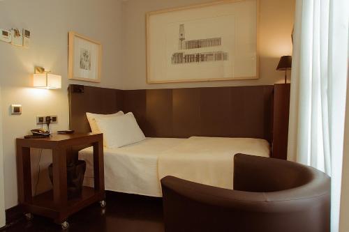 Hotel Banys Orientals photo 15