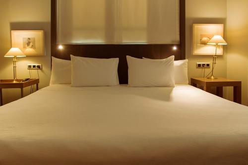 Hotel Banys Orientals photo 19