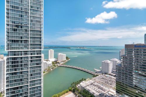Icon Residences By Sunnyside Resorts - Miami, FL 33131