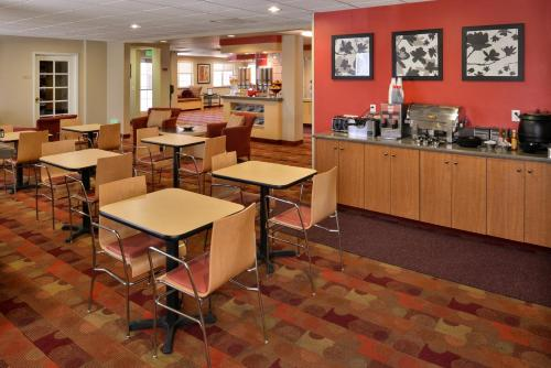 Towneplace Suites Ontario Airport - Rancho Cucamonga, CA 91730