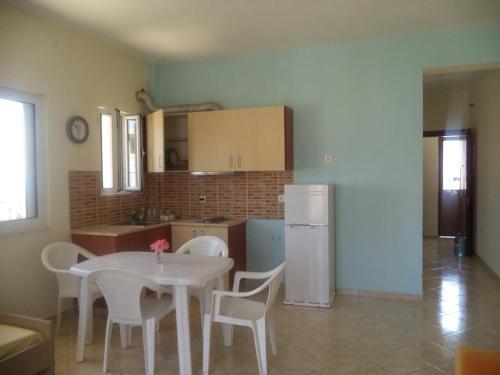 Mariana Apartments