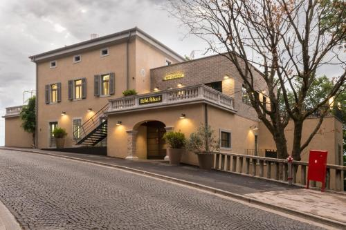 Ulica Aldo Negri 9, 52220, Labin, Croatia