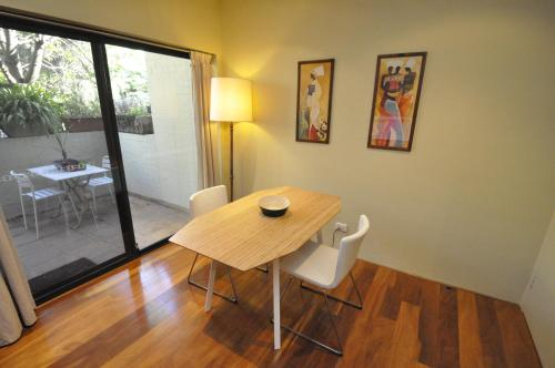 Glebe Self-Contained Modern One-Bedroom Apartment (47ROS) - image 10