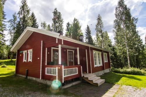 . Lomaperkkiö Cottages