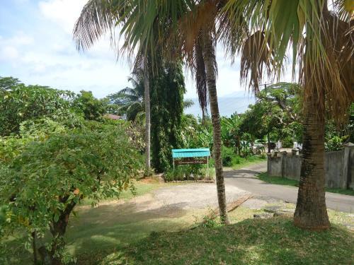 Lemongrass Lodge, Beau Vallon, Seychelles