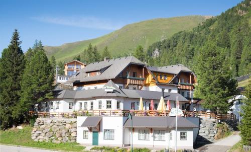 Die Nockalm - Hotel - Turracherhöhe