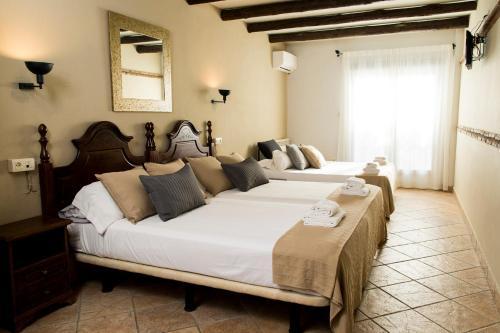Vierbettzimmer mit Balkon El Balcon de las Nieves 11