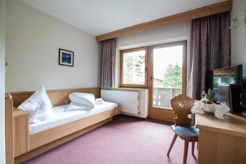 Фото отеля Familien- und Sporthotel Hohlenstein