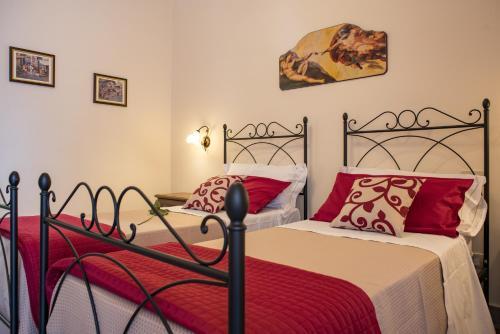 Фото отеля B&B Palazzo Tornabene
