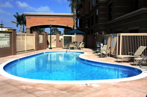 Hampton Inn & Suites Seal Beach - Seal Beach, CA CA 90740