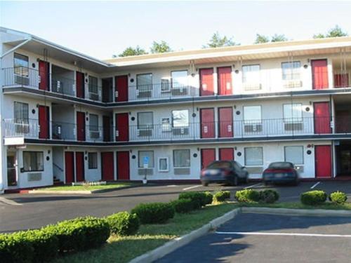 Red Carpet Inn Williamstown - Williamstown, NJ 08094