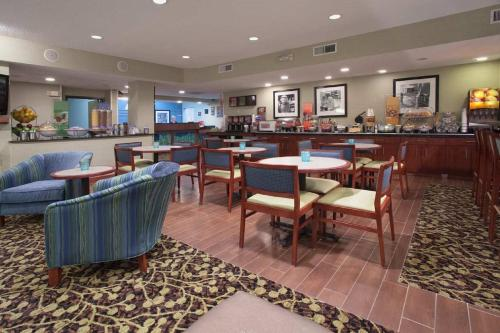 Hampton Inn Denver-North/Thornton - Thornton, CO 80233