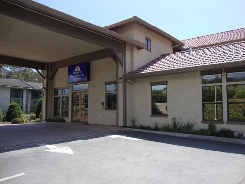 Americas Best Value Inn & Suites Half Moon Bay - Half Moon Bay, CA 94019