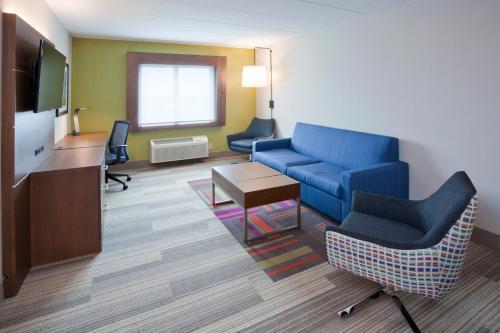 Holiday Inn Express Roseville-St. Paul - Roseville, MN 55113