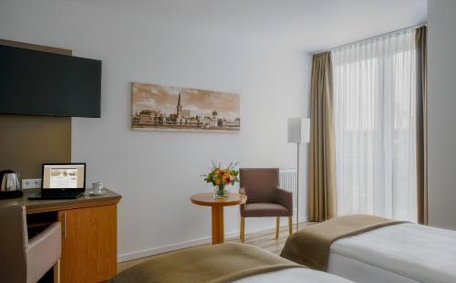 Hotel Chrisma photo 9