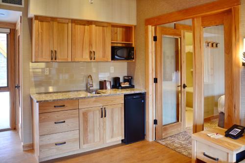Rooftop Two-Bedroom Suite
