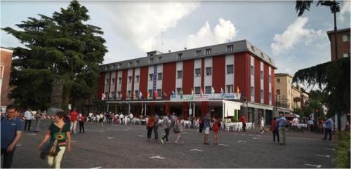 . Hotel Domus