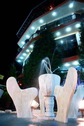 Фото отеля Hotel Konti