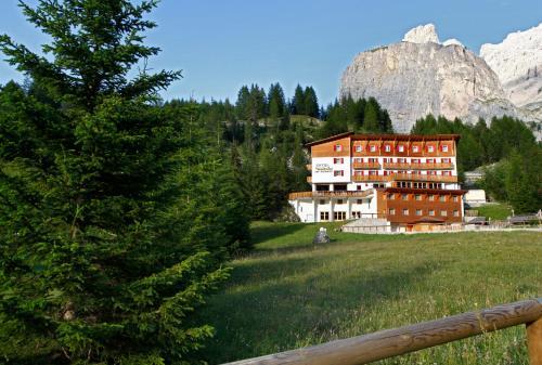 Hotel Meisules Wolkenstein-Selva Gardena