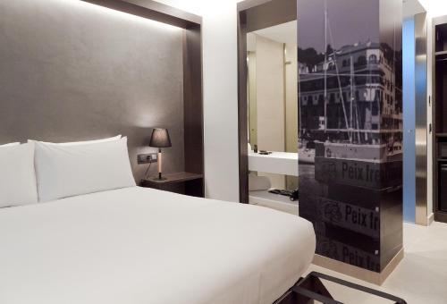 Double Room Vila Arenys Hotel 17