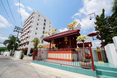 Tararom House photo 9