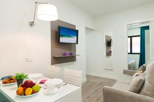 Hotel Apartamento Bajamar 24