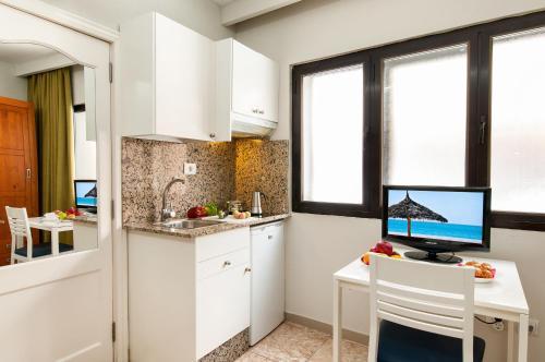 Hotel Apartamento Bajamar 34
