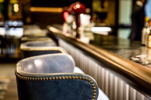 Devonshire Club & Hotel photo 7